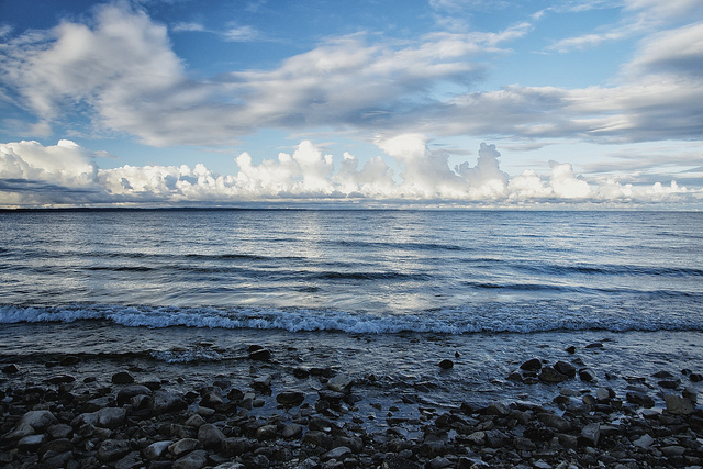 A terrific book on Great Lakes water conflicts gets a timely, thorough update