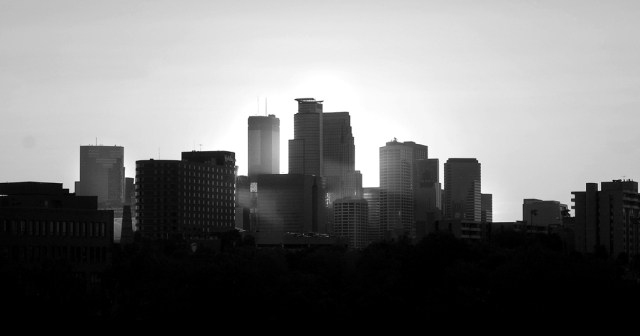 photo of minneapolis skyline