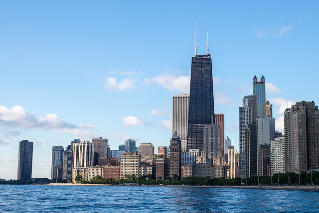 photo of chicago skyline from lake