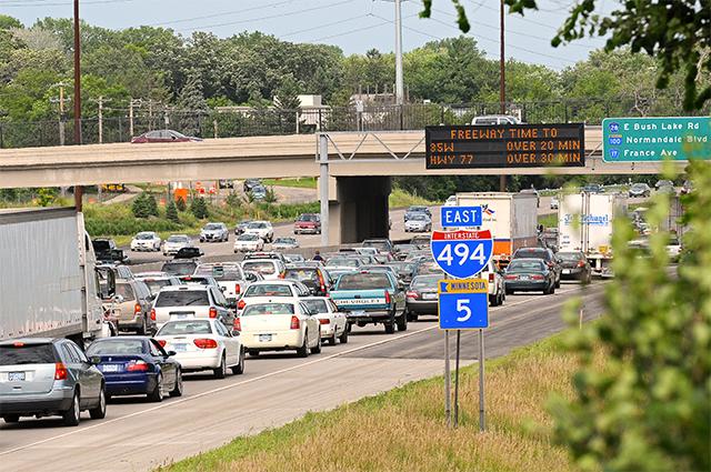 East 494 traffic congestion