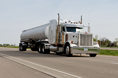 Automated 'platoons' of trucks might soon be driving on