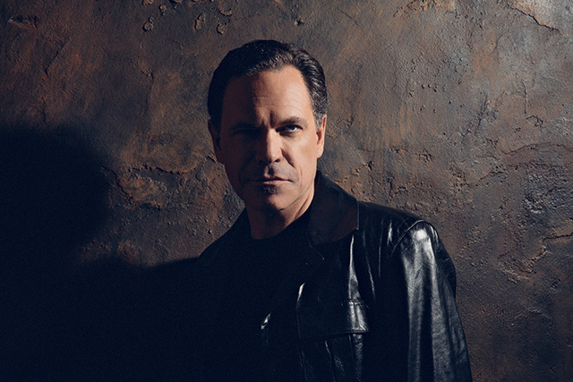 Kurt Elling is sublime in the studio, electric before a live audience.