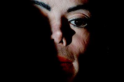 Michael Jackson circa 2001