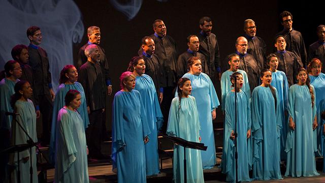 """""""La Pasión"""" will include performances by Schola Cantorum de Venezuela."""
