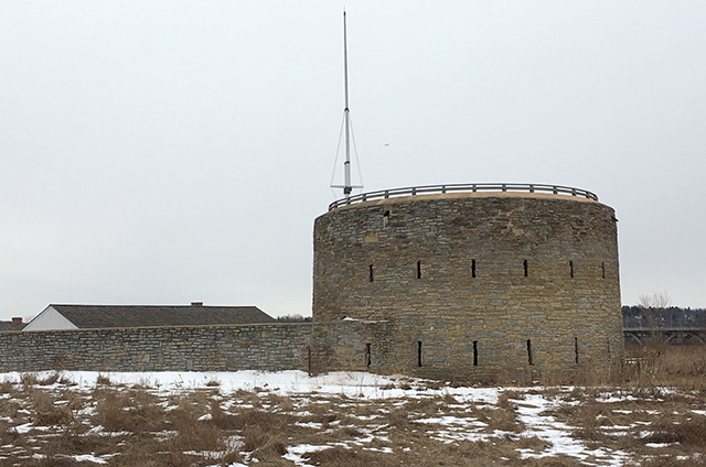 photo of fort snelling