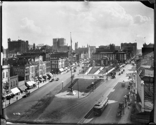 historical photo of downtown minneapolis