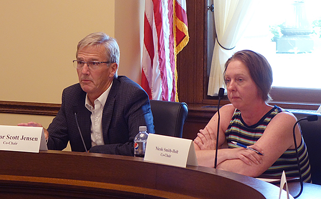 photo of legislative hearing