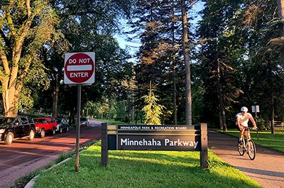 Minnehaha Parkway