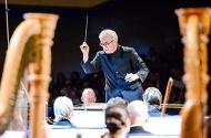 Osmo Vänskä conducting the Minnesota Orchestra in Cuba in 2015.