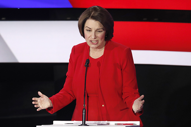The five moments that defined Amy Klobuchar's Iowa debate performance