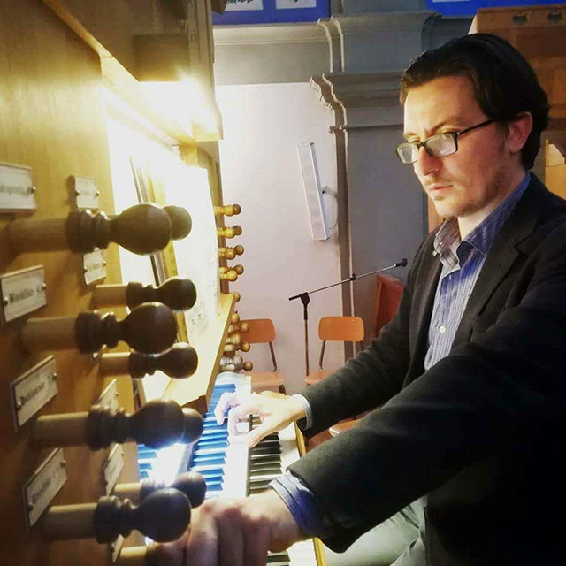 Florentine pianist Giacomo Benedetti will give a one-time-only concert on St. Olaf's pipe organ.