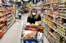 How to stay safe while shopping and unpacking groceries during the coronavirus pandemic