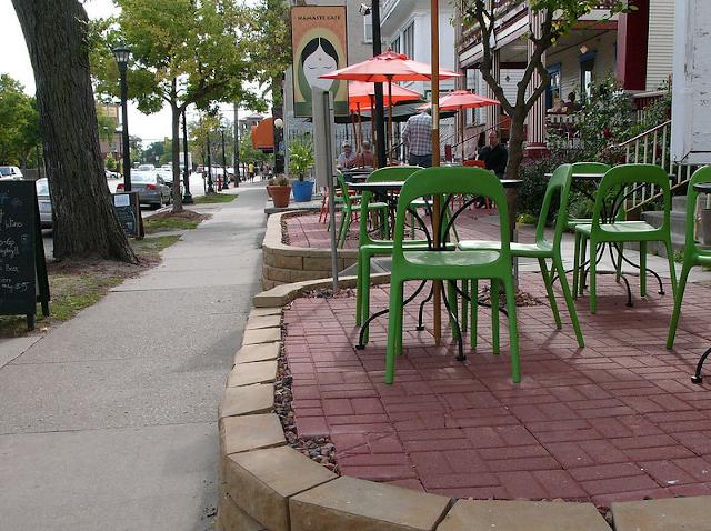 photo of restaurant patio