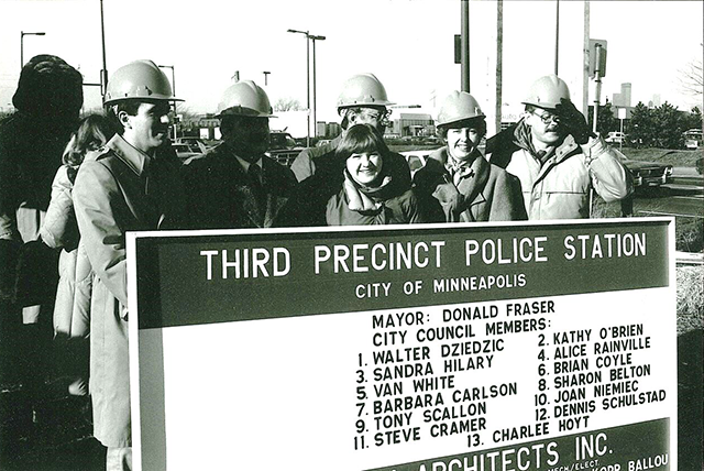 In 1985, the Third Precinct moved into a new building at the southwest corner of Lake and Minnehaha.