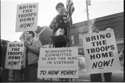 photo of protest against vietnam war
