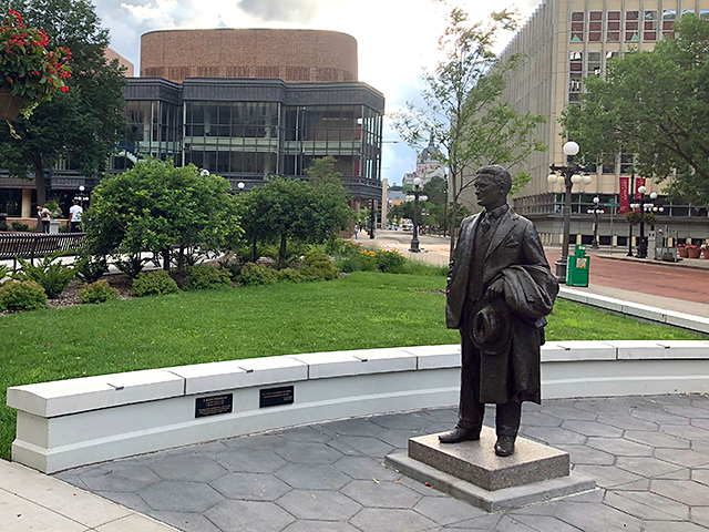 Michael Price's F. Scott Fitzgerald statue in Rice Park, St. Paul.
