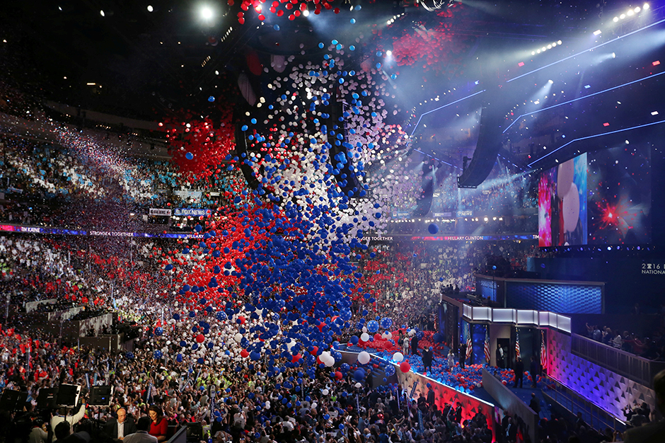 Balloons dropping at the conclusion of the Democratic National Convention in 2016.
