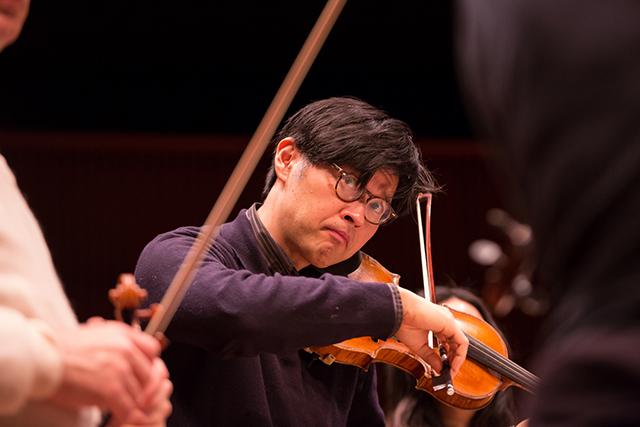 SPCO Artistic Director and Principal Violin Kyu-Young Kim