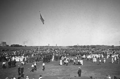 photo of dedication ceremony