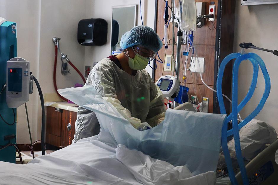 COVID patient in ICU