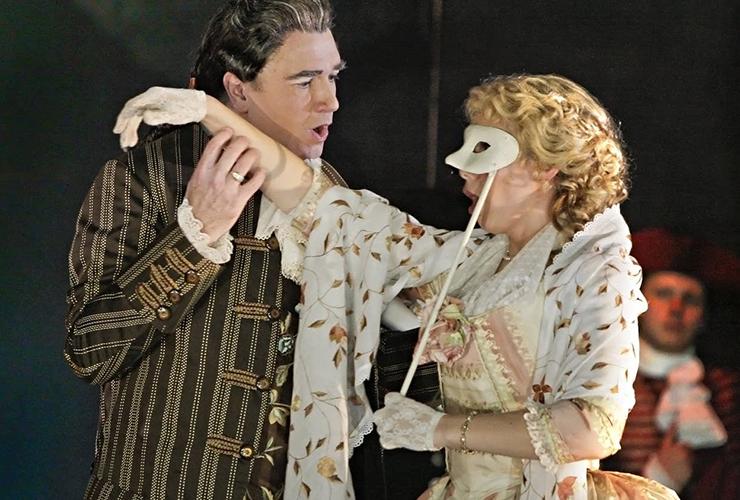"John Fanning as Casanova and Naomi Isabel Ruiz as Barbara in the Minnesota Opera's production of ""Casanova's Homecoming."""