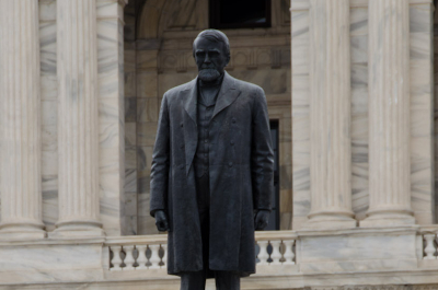 photo of statue of knute nelson