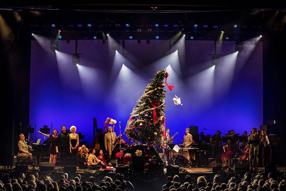 An image from The New Standards' 2017 holiday show.