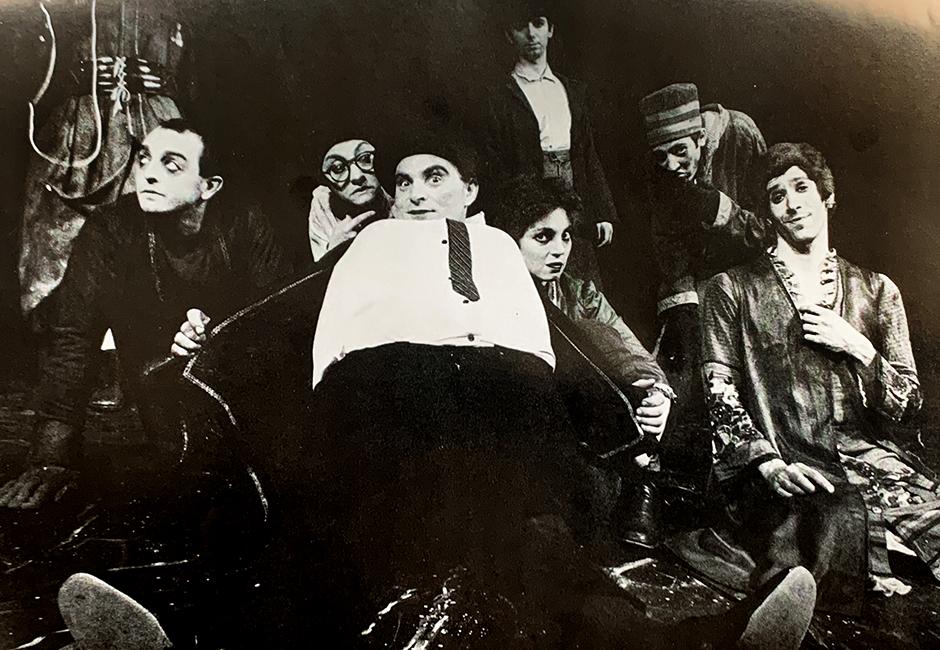 """Cast photo of Theatre de la Jeune Lune's 1980 production of """"Ubu For President."""""""