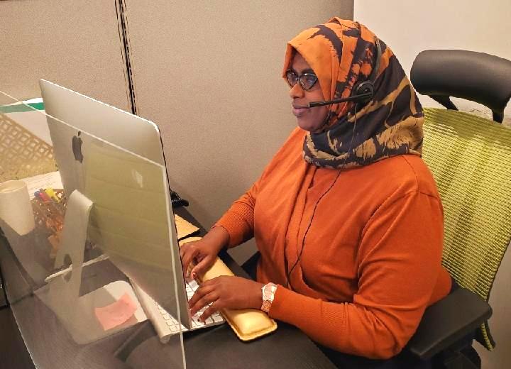 Hibo Guled is a COVID-19 community coordinator for Briva Health's COVID-19 hotline.