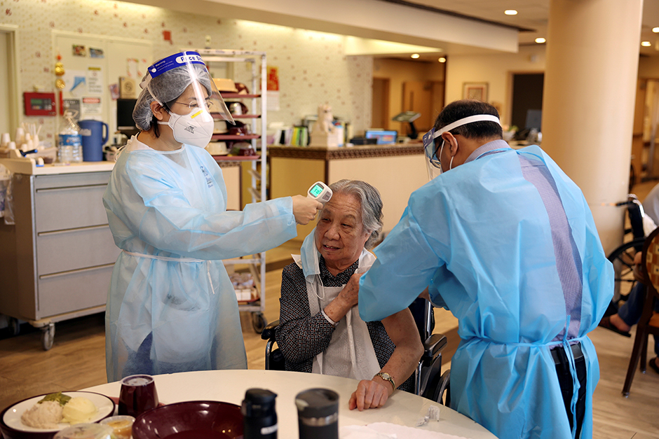 A nursing home resident receiving the coronavirus vaccine in Brooklyn, New York.