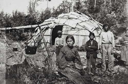 historical photo of ojibwe family