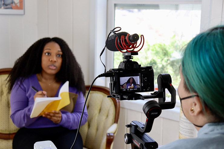 """Mikalia Bradberry as Nicole and director Sequoia Hauck filming """"In the Midst of Things/In Medias Res."""""""