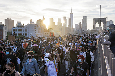 Protesters march on the Brooklyn Bridge