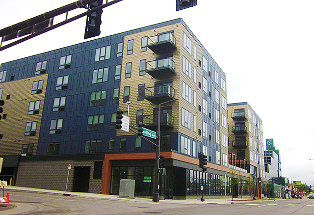 Pivot apartment units for rent between Shields Ave. and Spruce Tree Drive on Snelling Ave. in St. Paul.
