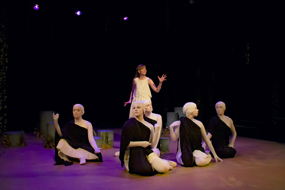 """A scene from Theatre Unbound's 2019 production of """"Iphigenia and Other Daughters."""""""