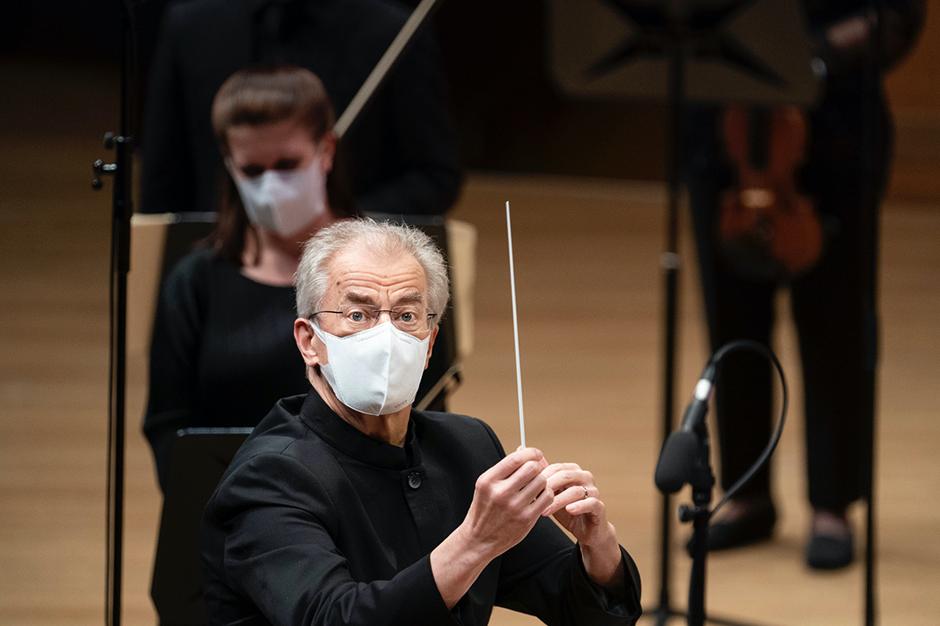 """Osmo Vänskä leading the Minnesota Orchestra in concerts from the """"This Is Minnesota Orchestra"""" series of livestreams that begin Oct. 2 ."""