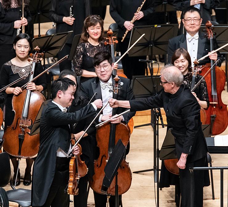 Osmo Vänska with the Seoul Philharmonic in February 2020.