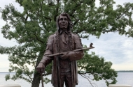 photo of statue of Shaynowishkung