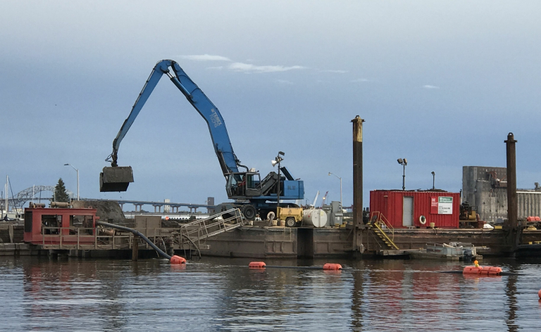 photo of dredging equipment
