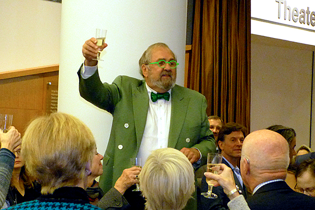 MinnPost Board Chair Emeritus Lee Lynch offering a toast to MinnPost