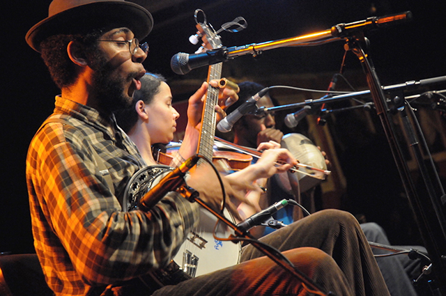 Don't Get Trouble in Your Mind: The Carolina Chocolate Drops Story