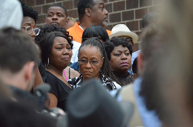 Philando Castile's family, Ramsey County Commissioner Toni Carter