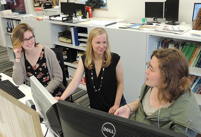 Kelly Fischer, left, Katherine Duram, Kerri Barnstuble