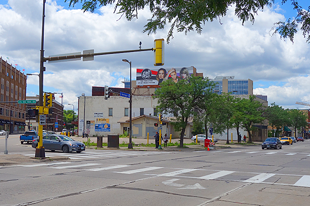 The intersection of SE Central Avenue and East Hennepin Avenue
