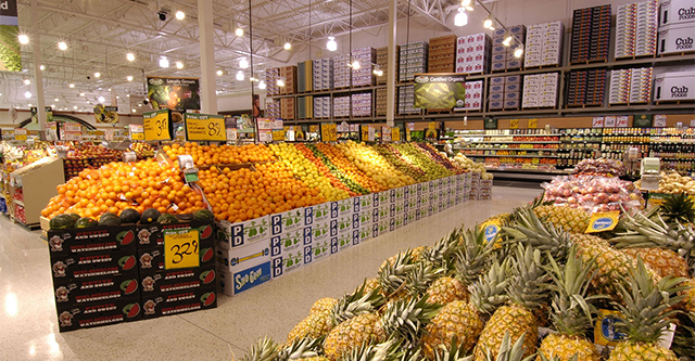 Cub Foods produce section