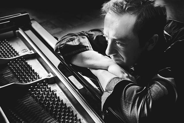 Jazz pianist-composer Geoffrey Keezer