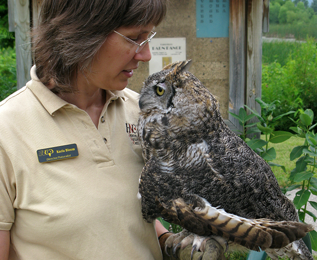 Karla Bloem, director of the Houston Nature Center, and Alice the owl