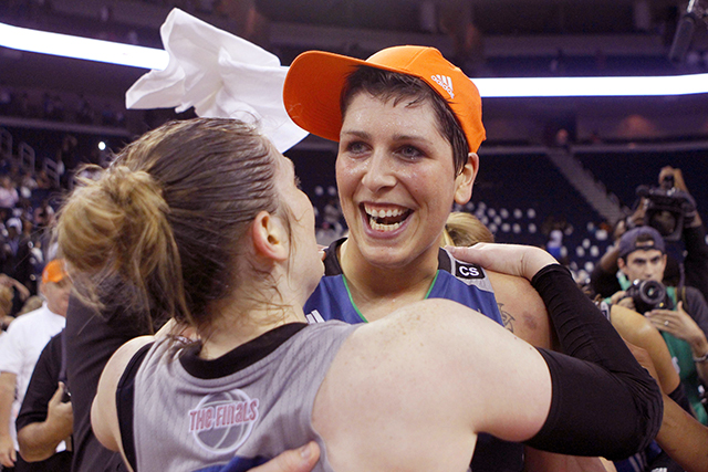 Guard Lindsay Whalen, left, and center Janel McCarville