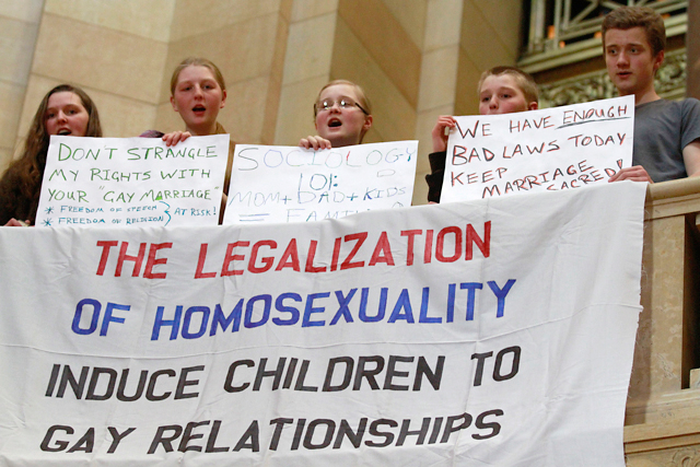 Minnesota March for Marriage rally attendees