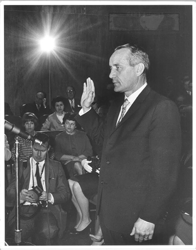 Swearing in the new U.S. district court judge in Minnesota in 1966.